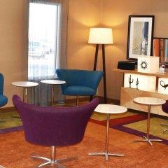 Отель Fairfield Inn & Suites by Marriott Albuquerque Airport интерьер отеля