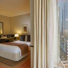 Отель Crowne Plaza Dubai комната для гостей