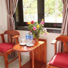 Отель Sunny Garden Homestay в номере