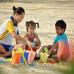 Отель Crimson Resort and Spa Mactan Филиппины, Лапу-Лапу - 1 отзыв об отеле, цены и фото номеров - забронировать отель Crimson Resort and Spa Mactan онлайн детские мероприятия