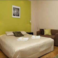 Апартаменты P&O Apartments Miodowa комната для гостей