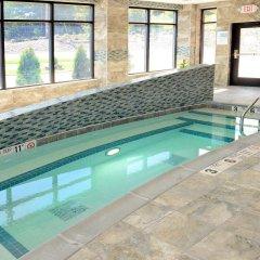 Отель Holiday Inn Express & Suites Geneva Finger Lakes бассейн фото 2
