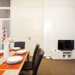 Апартаменты Vltava Apartments Prague комната для гостей фото 4