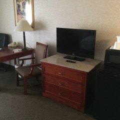 Отель Quality Inn & Suites Albuquerque Downtown - University удобства в номере