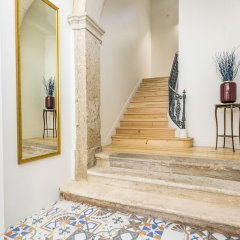 Апартаменты LxWay Apartments Alcântara Luxury интерьер отеля