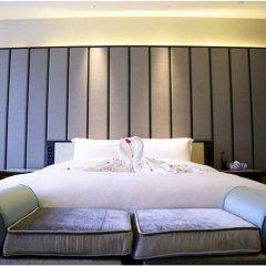 Отель Xiamen Goldcommon Royal Seaside Hotel and Hot Spring Китай, Сямынь - отзывы, цены и фото номеров - забронировать отель Xiamen Goldcommon Royal Seaside Hotel and Hot Spring онлайн комната для гостей фото 2