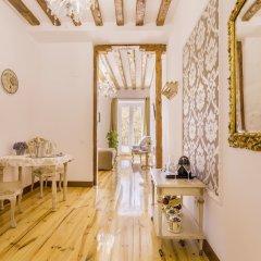 Отель Oriente Palace Apartments Испания, Мадрид - отзывы, цены и фото номеров - забронировать отель Oriente Palace Apartments онлайн комната для гостей фото 4