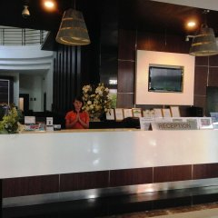 Отель August Suites Pattaya Паттайя интерьер отеля