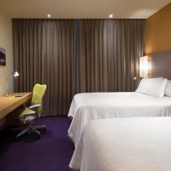 Отель Hilton Garden Inn Monterrey Airport комната для гостей фото 4