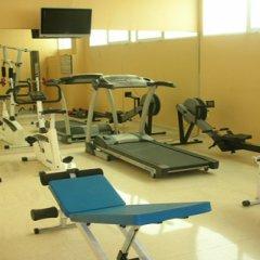 NH Jardines Del Turia Hotel фитнесс-зал