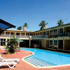 Отель Hexagon International Hotel Фиджи, Вити-Леву - отзывы, цены и фото номеров - забронировать отель Hexagon International Hotel онлайн бассейн фото 3