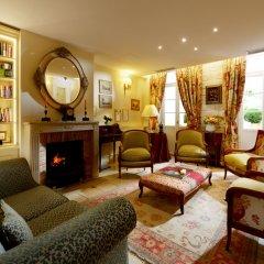 Hotel Le Relais Montmartre развлечения