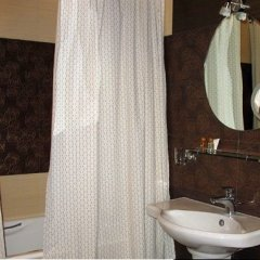 Гостиница Жемчужина в Саратове 7 отзывов об отеле, цены и фото номеров - забронировать гостиницу Жемчужина онлайн Саратов ванная фото 2