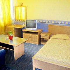 Отель Briz 2 Hotel Болгария, Варна - отзывы, цены и фото номеров - забронировать отель Briz 2 Hotel онлайн комната для гостей фото 4