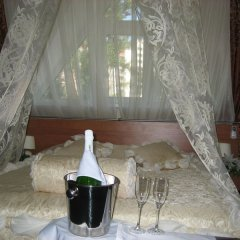 Гостиница Колибри Стандартный номер с двуспальной кроватью фото 9