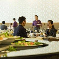 Отель Novotel Dubai Deira City Centre питание фото 3