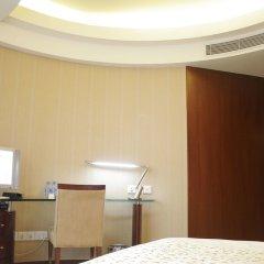 Отель Shenzhen Shanghai Hotel Китай, Шэньчжэнь - 1 отзыв об отеле, цены и фото номеров - забронировать отель Shenzhen Shanghai Hotel онлайн удобства в номере фото 2