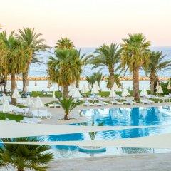 Отель Venus Beach Hotel Кипр, Пафос - 3 отзыва об отеле, цены и фото номеров - забронировать отель Venus Beach Hotel онлайн бассейн фото 3