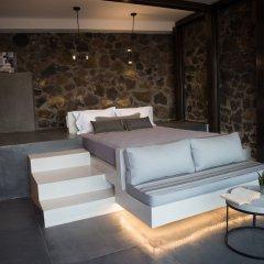 Отель Horizon Mills Villas & Suites Греция, Остров Санторини - отзывы, цены и фото номеров - забронировать отель Horizon Mills Villas & Suites онлайн комната для гостей фото 5