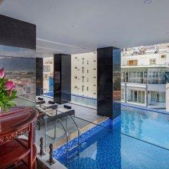 Отель Red Sun Nha Trang Hotel Вьетнам, Нячанг - отзывы, цены и фото номеров - забронировать отель Red Sun Nha Trang Hotel онлайн бассейн