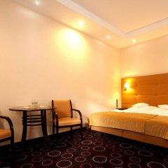 Отель La Petite B&B комната для гостей фото 2