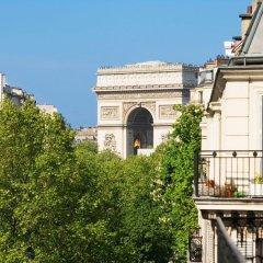 Отель Champs Elysees Friedland Париж балкон
