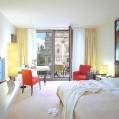Отель Radisson Blu Hotel, Berlin Германия, Берлин - - забронировать отель Radisson Blu Hotel, Berlin, цены и фото номеров комната для гостей фото 4