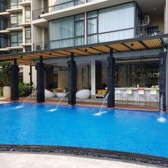 Отель At Mind Serviced Residence Таиланд, Паттайя - 1 отзыв об отеле, цены и фото номеров - забронировать отель At Mind Serviced Residence онлайн бассейн фото 3