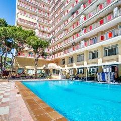 Отель Apartamento Vivalidays Eva Испания, Бланес - отзывы, цены и фото номеров - забронировать отель Apartamento Vivalidays Eva онлайн бассейн
