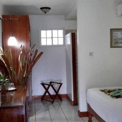 Hibiscus Lodge Hotel в номере