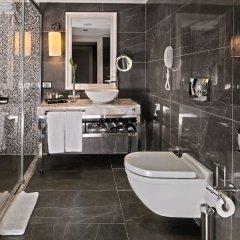 Отель Mercure Istanbul Bomonti ванная фото 3