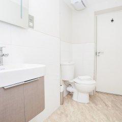 Отель Marylebone 3 Bedroom Flat Великобритания, Лондон - отзывы, цены и фото номеров - забронировать отель Marylebone 3 Bedroom Flat онлайн ванная