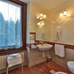 TH Madonna di Campiglio - Golf Hotel Пинцоло ванная