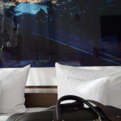 Отель Avidon Art & Design Hotel Германия, Дюссельдорф - отзывы, цены и фото номеров - забронировать отель Avidon Art & Design Hotel онлайн сейф в номере