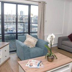 Отель Base Serviced Apartments - The Docks Великобритания, Ливерпуль - отзывы, цены и фото номеров - забронировать отель Base Serviced Apartments - The Docks онлайн комната для гостей фото 5