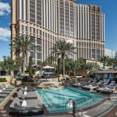 Отель The Palazzo Resort Hotel Casino США, Лас-Вегас - 9 отзывов об отеле, цены и фото номеров - забронировать отель The Palazzo Resort Hotel Casino онлайн бассейн фото 3