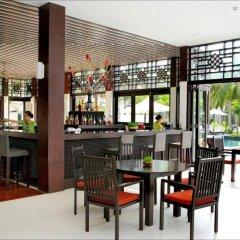 Отель Hoi An Beach Resort гостиничный бар