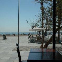 Отель Safestay Barcelona Sea пляж