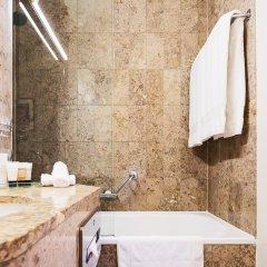 Отель Warwick Geneva Швейцария, Женева - 1 отзыв об отеле, цены и фото номеров - забронировать отель Warwick Geneva онлайн ванная фото 2