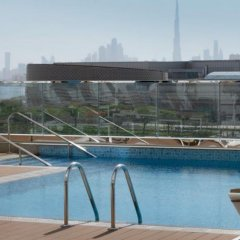 Отель Holiday Inn Dubai Festival City бассейн