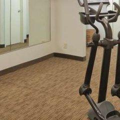 Отель La Quinta Inn & Suites Meridian фитнесс-зал фото 2