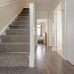 Отель 4 Bedroom Apartment in Battersea Великобритания, Лондон - отзывы, цены и фото номеров - забронировать отель 4 Bedroom Apartment in Battersea онлайн интерьер отеля