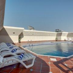 Отель Al Manar Hotel Apartments ОАЭ, Дубай - отзывы, цены и фото номеров - забронировать отель Al Manar Hotel Apartments онлайн бассейн
