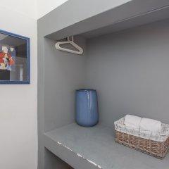 5 Sins Chiado Hostel сейф в номере