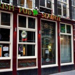 Отель The White Tulip Hostel Нидерланды, Амстердам - отзывы, цены и фото номеров - забронировать отель The White Tulip Hostel онлайн питание