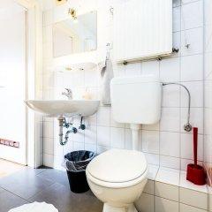 Отель Köln Weidenpesch Германия, Кёльн - отзывы, цены и фото номеров - забронировать отель Köln Weidenpesch онлайн ванная