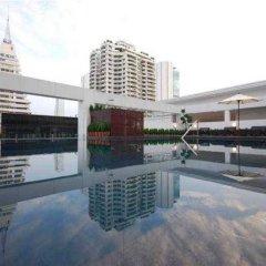 I Residence Hotel Silom бассейн фото 3