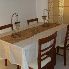 Отель Valentinos Villa Кипр, Протарас - отзывы, цены и фото номеров - забронировать отель Valentinos Villa онлайн удобства в номере фото 2