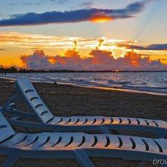 Отель Aquarius on the Beach Фиджи, Вити-Леву - отзывы, цены и фото номеров - забронировать отель Aquarius on the Beach онлайн пляж