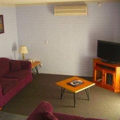 Отель Homestead Motel комната для гостей фото 5